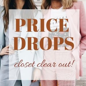 ✌CLOSET CLEAR OUT! Look for price drops.